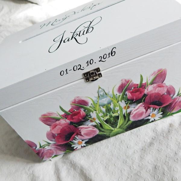 Tulipanowa skrzynia na koperty