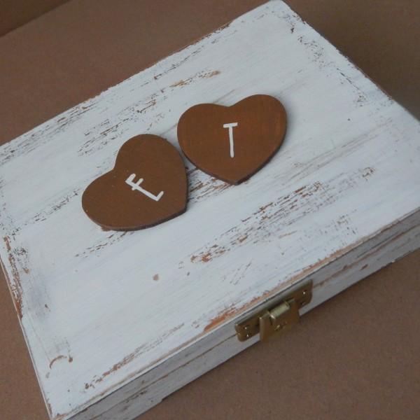 Miodowe pudełko na obrączki