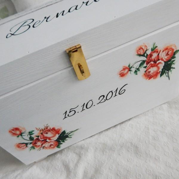 Skrzynia na koperty z pomarańczową nutą